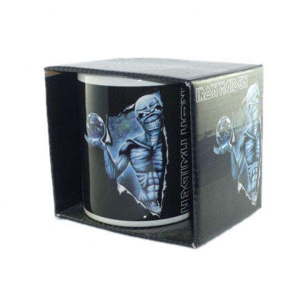 Iron Maiden Different World Logo Tasse im Geschenkkarton