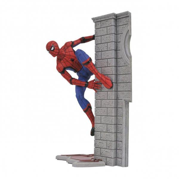 Spiderman Homecoming Gallery Statue Figur Diamond Select