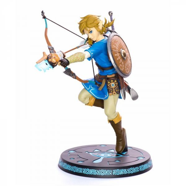 The Legend of Zelda Breath of the Wild Link Figur Statue First 4 Figures