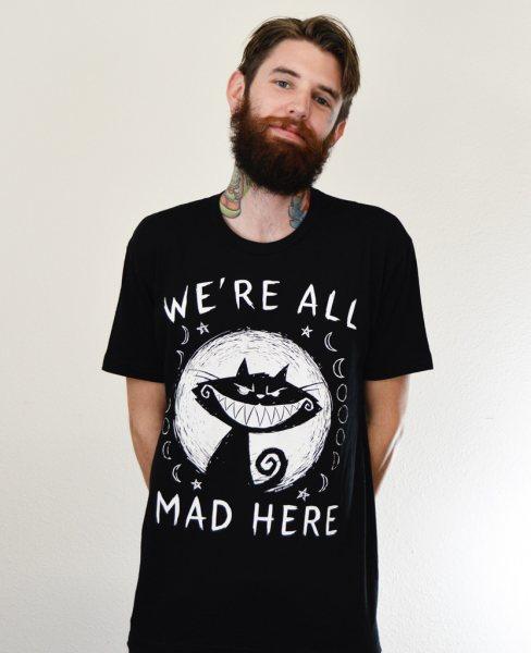 Akumu Ink We´re all Mad Here Herren T-Shirt Schwarz